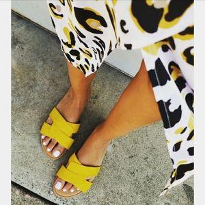 Shoes - 🆕️//The Austin// yellow crisscross sandal